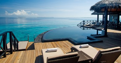 luxury hotels and resorts maldives