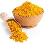 HOMEMADE TROPICAL BEAUTY MASK FOR SUN DAMAGED SKIN turmeric powder