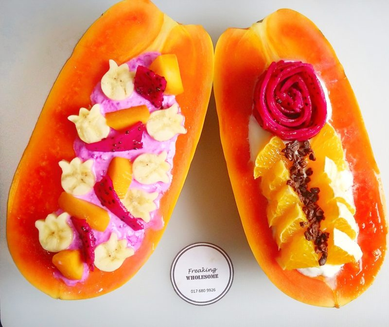great breakfast ideas with Papaya Boats Two-Ways