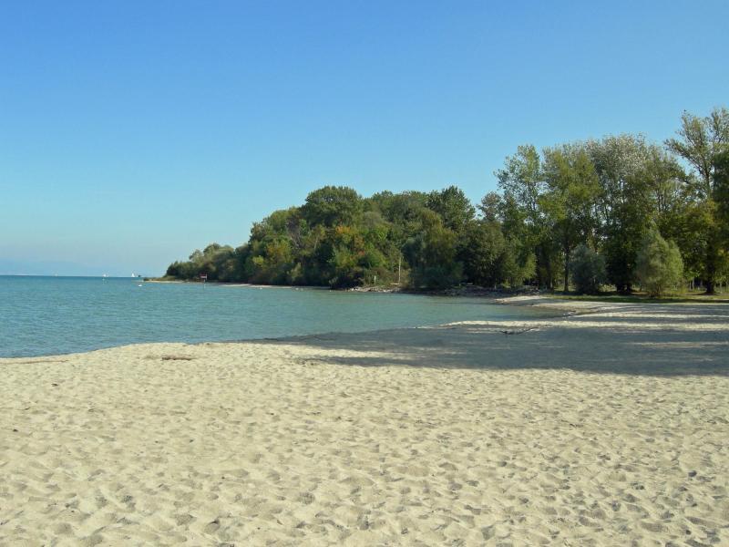 best-lakes-to-swim-in-switzerland-in-summer-yvonand-beach