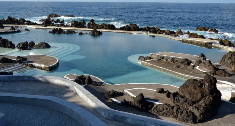 Porto Moniz Lava pool facing the sea-top 5 unusual spots for swimming in Madeira Island