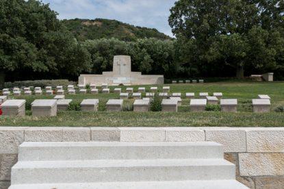 Ari Burnu cemetery and headstones