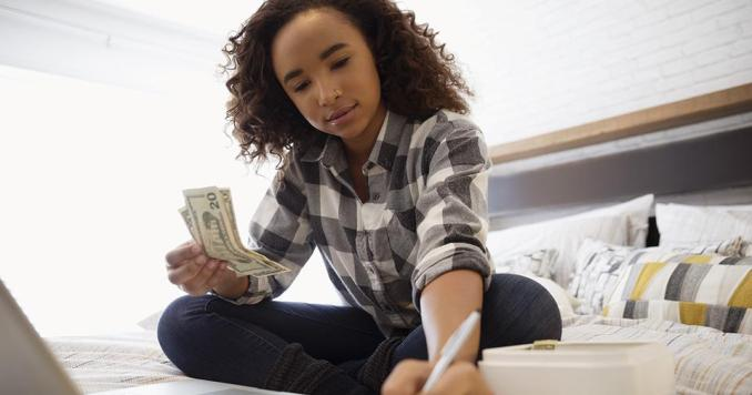 Paying Back Student Loans for Chiropractic School