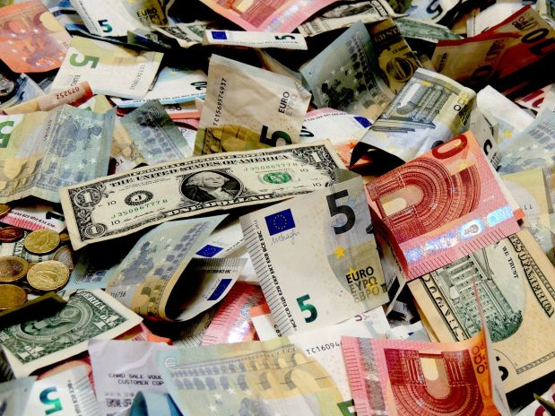 Best Places to Exchange Foreign Currency in 2021 Places Avoid