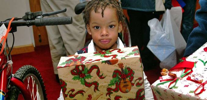 Free Christmas Gifts/Toys
