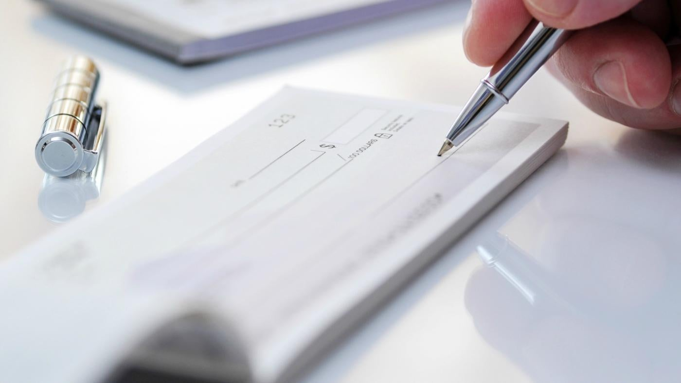 Complete Guide on How to Sign Over a Check to Someone Else