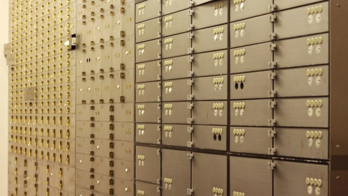 What Should (Shouldn't) You Put Into Your Safe Deposit Box