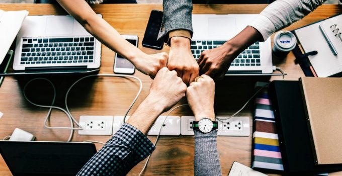 Benefits of Teamwork in the Workplace