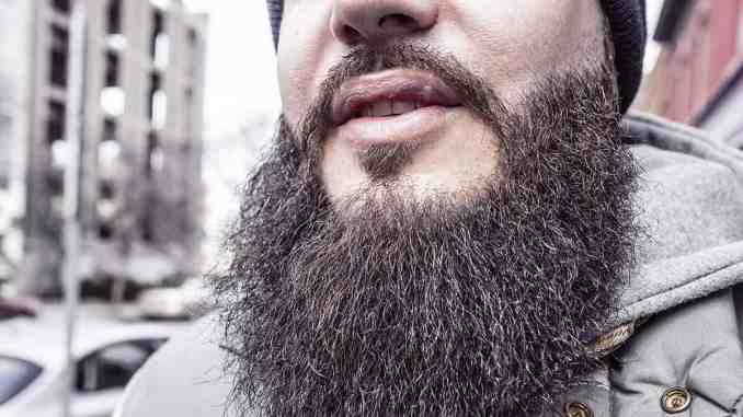 Does Tea Tree Oil helps in Beard Growth