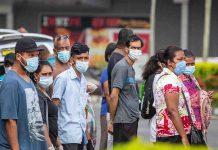 ગુજરાતમાં 24 કલાકમાં કોરોનાના કારણે 9 દર્દીઓના મોત થયા છે. અમદાવાદમાં 2 જ્યારે સુરત, મહીસાગર, નવસારી, સાબરકાંઠા, બનાસકાંઠા, ભાવનગર અને તાપીમાં 1-1 દર્દીઓના મોત થયા છે. બીજી તરફ અમદાવાદમાં 232, સુરતમાં 209, વડોદરામાં 294, રાજકોટમાં 41, જામનગરમાં 53, મહેસાણામાં 152, પાટણમાં 111, જૂનાગઢમાં 66, ભાવનગરમાં 53 સહિત કુલ 1526 દર્દીઓએ કોરોના વાયરસને મ્હાત આપી છે