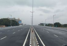 અમદાવાદ ગાંધીનગરને જોડાતા એસજી હાઇવે પર વૈષ્ણોદેવી સર્કલ પાસે ફ્લાય ઓવરબ્રિજ બનાવવામાં આવ્યો, દૈનિક 1 લાખ વાહનચાલકોને થશે ફાયદો