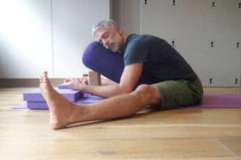un-clench-position
