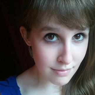Alyssa Estus, gradplatt blogger.