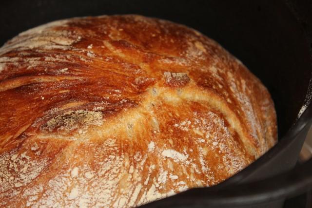 leipä uunista