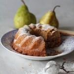 Kurvikas syysherkku – päärynä-hasselpähkinäkakku