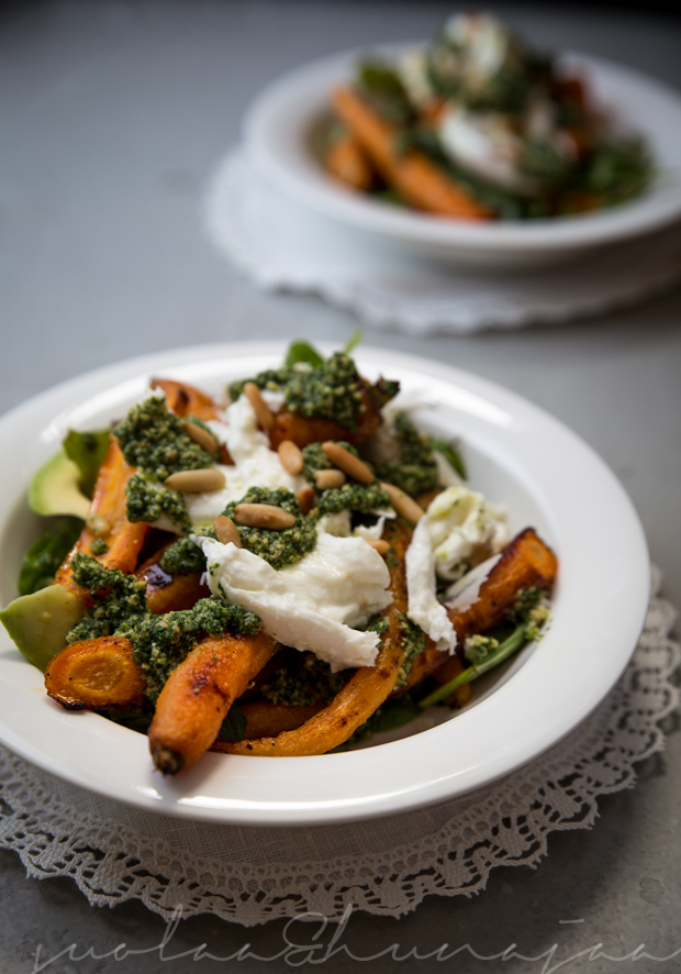 porkkana-avokado-mozzarellasalaatti