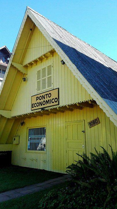 keltainen talo