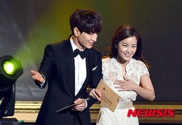 150903 korea broadcasting awards leeteuk (15)