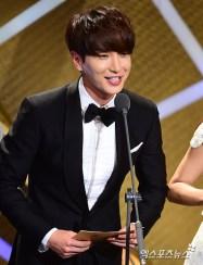 150903 korea broadcasting awards leeteuk (16)