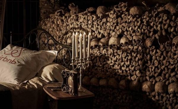 Dormir dans les Catacombes de Paris ? C'est possible avec Airbnb !