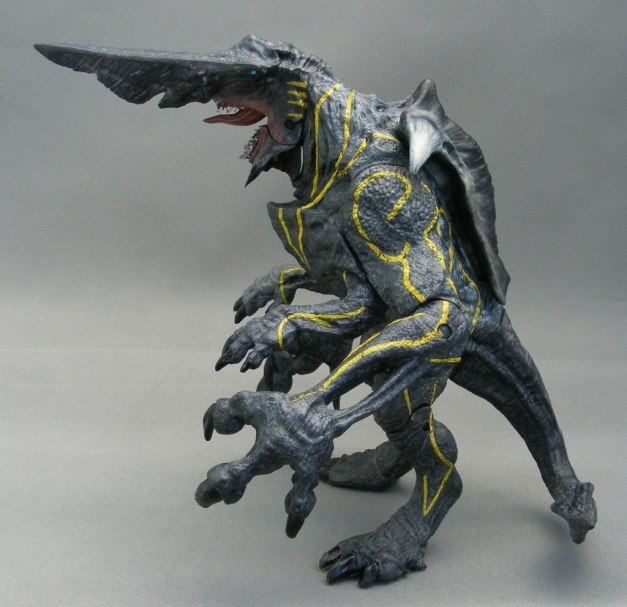poe-ghostal-pacific-rim-knifehead-review-3