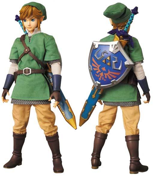 Link-RAH-The-Legend-of-Zelda-Action-Figure-01