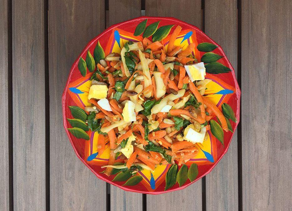 Salade de carottes, épinards et fromage