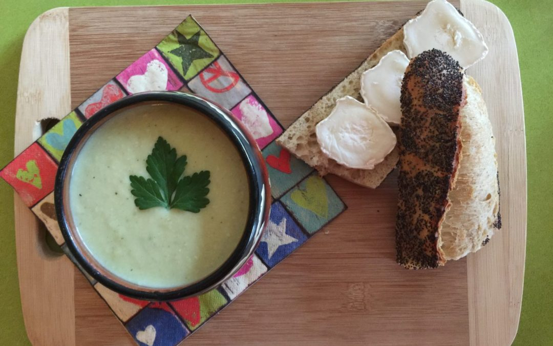 Soupe de poireau et persil & sa tartine de Super Boîte à Lunch