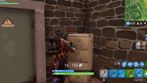 Fortnite: Cabinets are your friend - Super. Black.