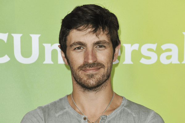 Eoin Macken Married, Net worth, Films, Series, Dating,Education