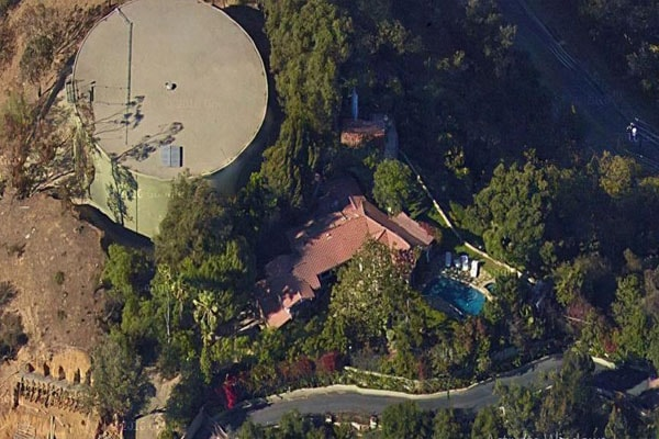 John Stamos Net Worth includes his Beverly Hills House in California
