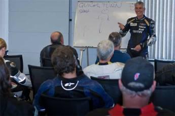 8-Classroom-briefing.