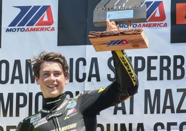 2015-Keiths-student,-Joe-Roberts-wins-the-National-Superstock