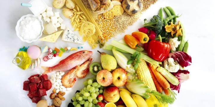 Сколько ккал в день нужно употреблять человеку. Сколько калорий нужно съедать в день, чтобы похудеть