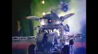 2002 Bud Light RoboBash Inflictor vs miniFridge Super Bowl ad