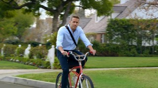 Ryan Reynolds Is Everywhere as Hyundai Unveils Its Super Bowl Spots – Adweek