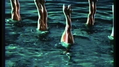 2000 visa synchronizedswimmers00_58_40_24.Still004