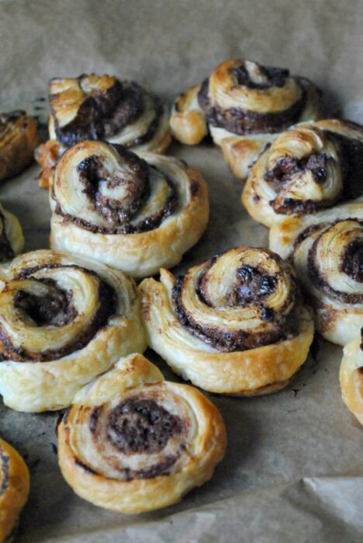 Super Busy Mum - Recipe - Chocolate Pinwheels
