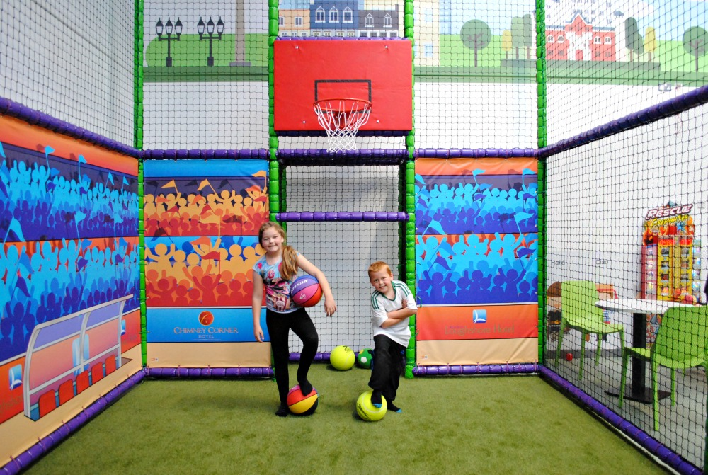 World of Wonder Indoor Soft play centre in Carrickfergus - A great place to hang out and have fun!