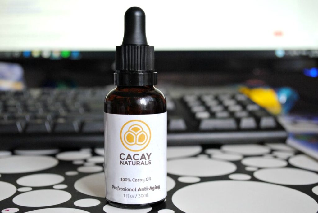Reducing the appearance of wrinkles & scars with Cacay Naturals Oil