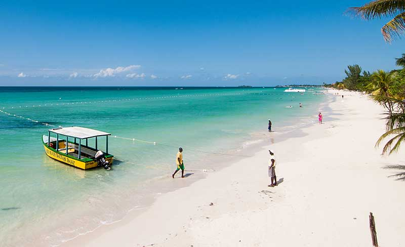 5 reasons  to visit Jamaica