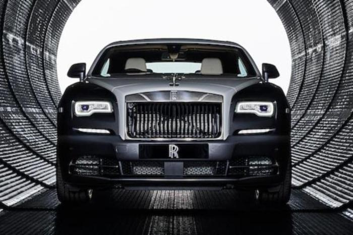 Rent Rolls-Royce Wraith Eagle VIII dubai