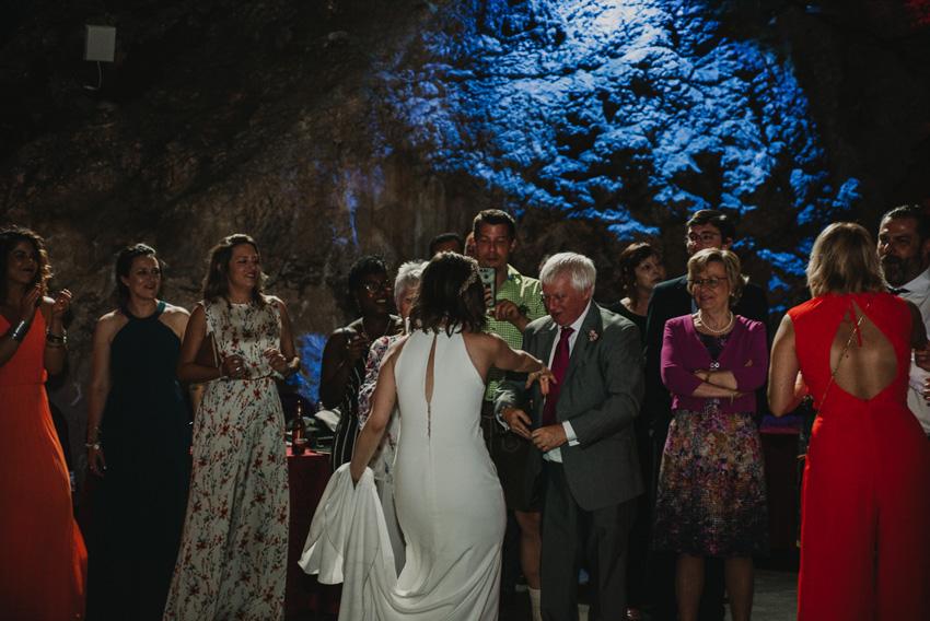 novia bailando con suegro cueva majuelo