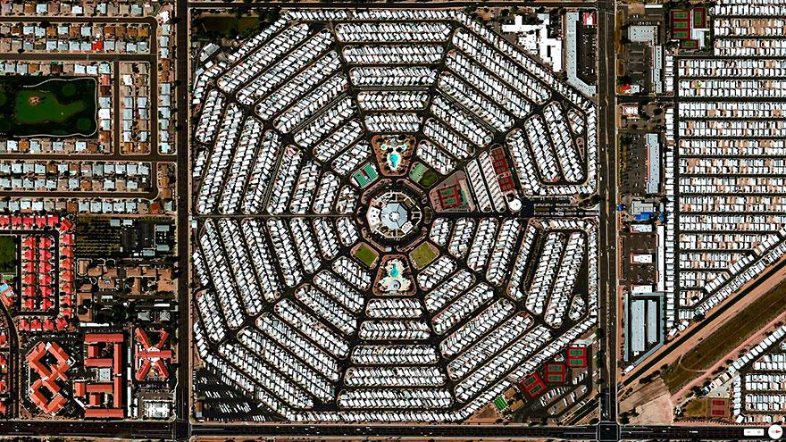 RV-курорт «Venture Out» в Месе, Аризона