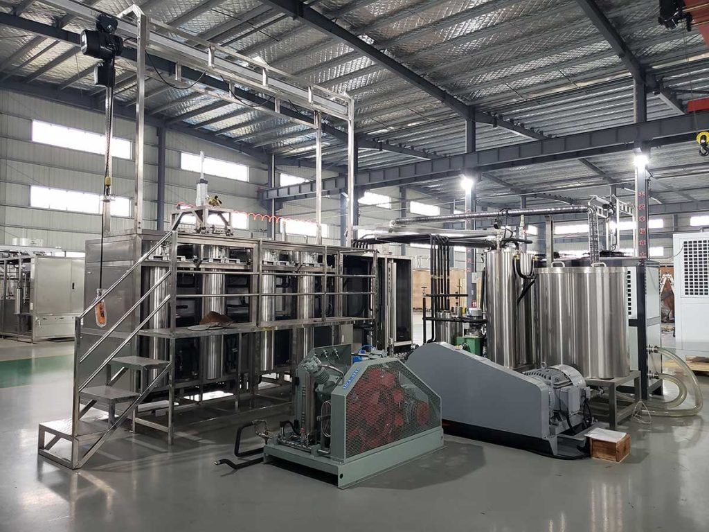 Essential oil CO2 extraction machine
