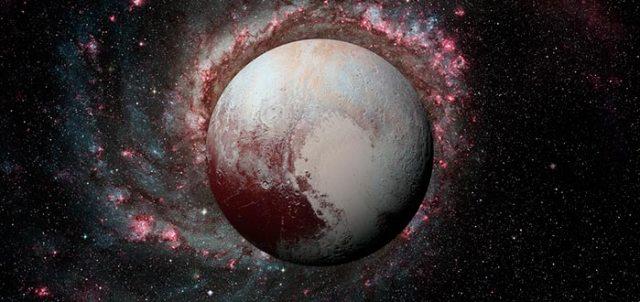 curiosidades del Sistema Solar, Plutón, mundo enano