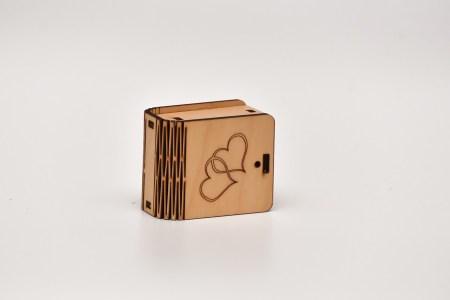 Mini kastīte (sirsniņas)