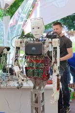 Еще представитель из класса роботов на Geek Picnic