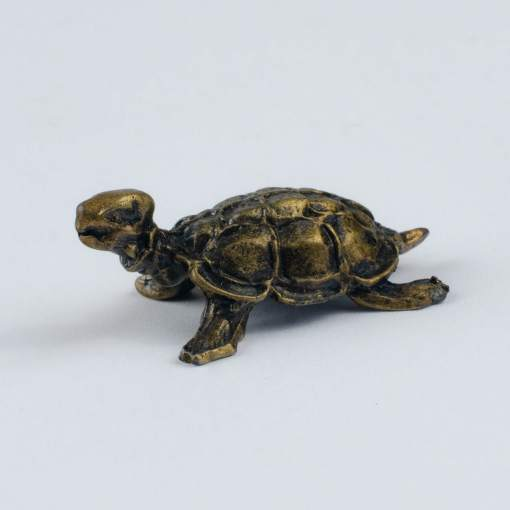 Żółwik, symbol szczęścia i długowieczności, figurka kolor stary mosiądz