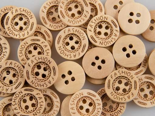Guzik drewniany 4 dziurki Fashion 15 mm DIY